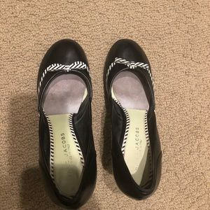 Marc Jacobs round toed heels in size 37.5